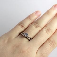 「指輪 愛の一灯」の画像検索結果